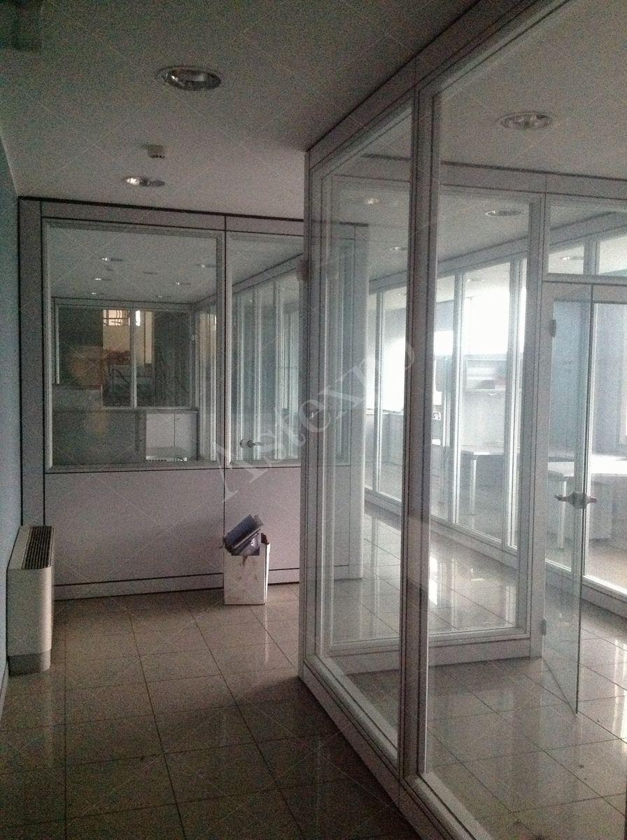 Pannelli divisori in vetro idee di design per la casa for Aste giudiziarie arredamento